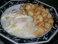 Huevo Frito Con Arroz (Fried Eggs with Rice)